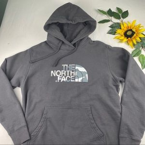 The North Face Shirts - The NorthFace Camo Pullover hoodie Men's large
